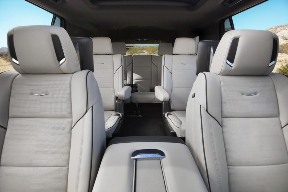 3 hàng ghế bên trong Cadillac Escalade 2021