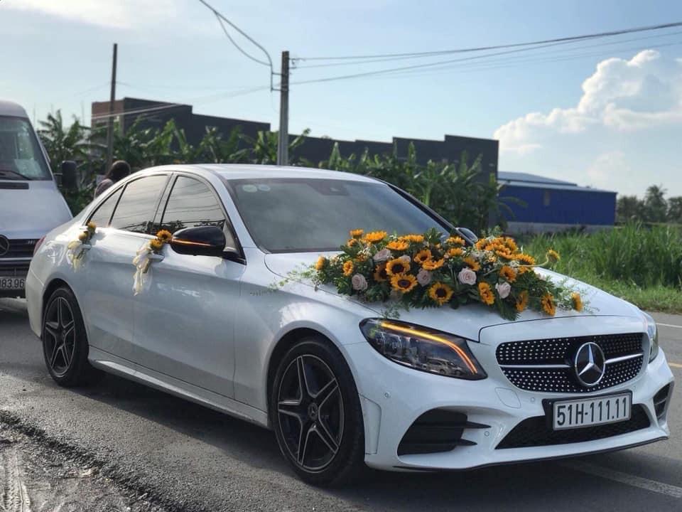 Mercedes-Benz C300 AMG 2020 biển ngũ quý 1