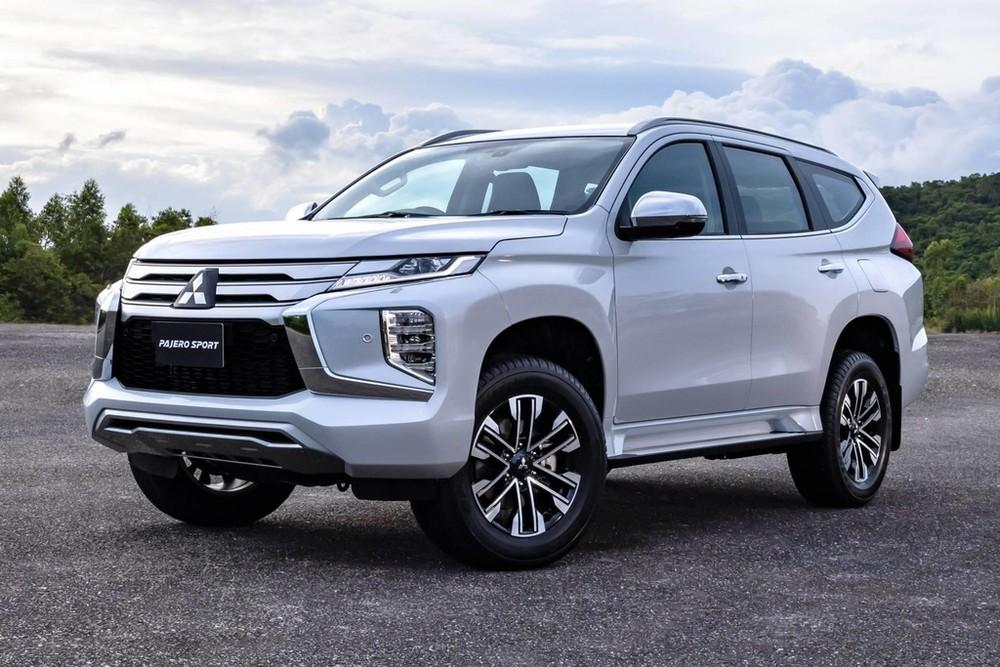 Cận cảnh thiết kế đầu xe của Mitsubishi Pajero Sport 2020