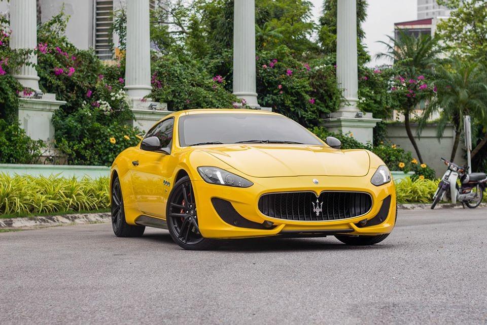 Chiếc Maserati GranTurismo MC Sportline này đang rao bán hơn 7 tỷ đồng