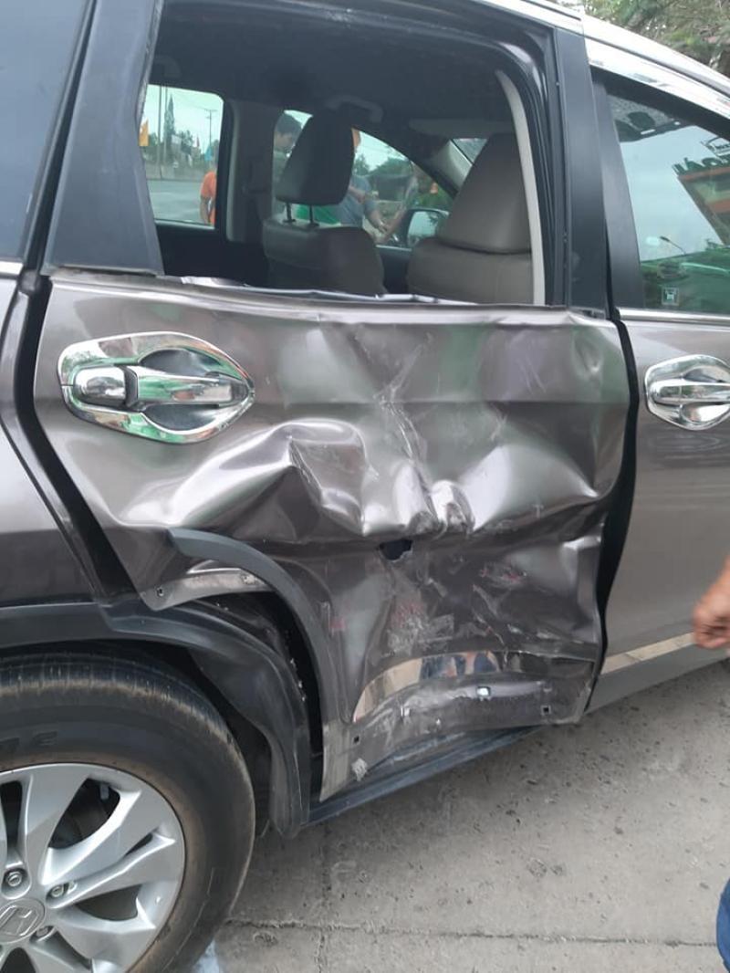 Còn đây là thiệt hại của chiếc ô tô