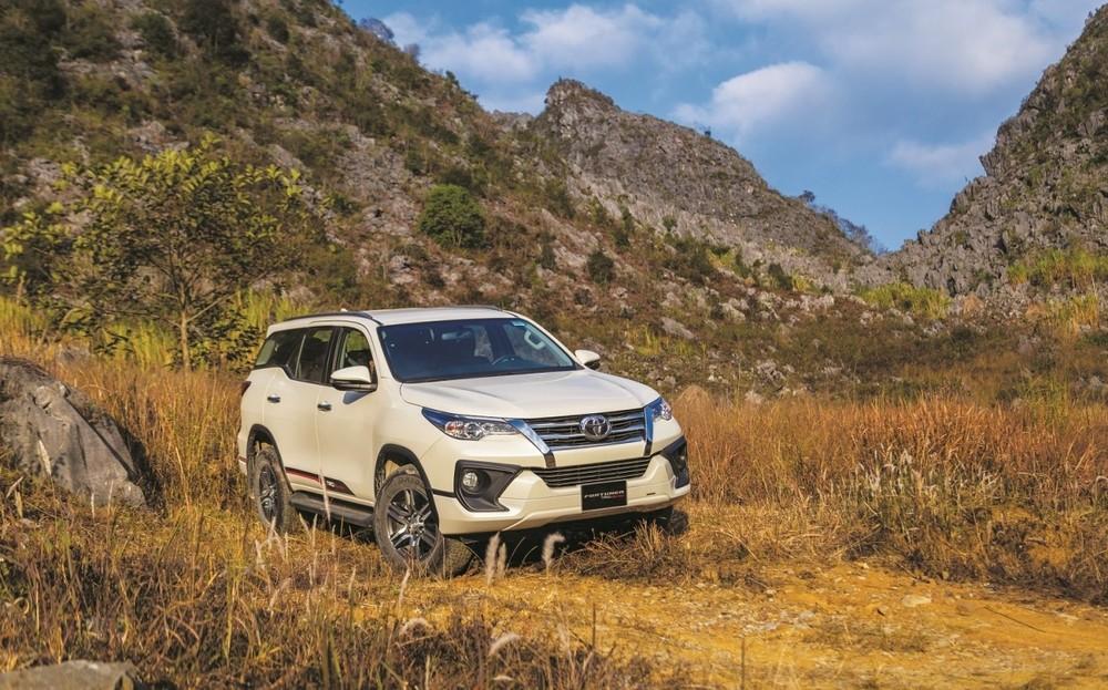 Toyota Fortuner ở tháng 1 vừa qua đạt doanh số 690 xe, trong đó có 534 xe lắp ráp trong nước, giảm 38% so với cùng kỳ