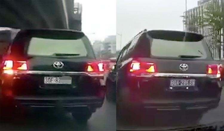Chiếc Toyota Land Cruiser sử dụng thiết bị đảo biển số khi chạy trên đường Phạm Văn Đồng, Hà Nội