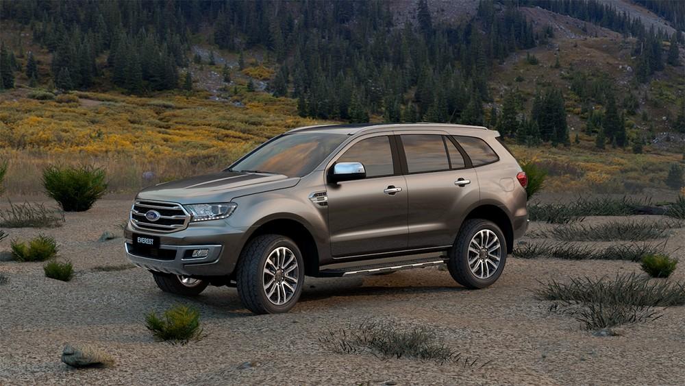 Ford Everest 2020 bổ sung thêm một số tiện nghi và không thay đổi giá.