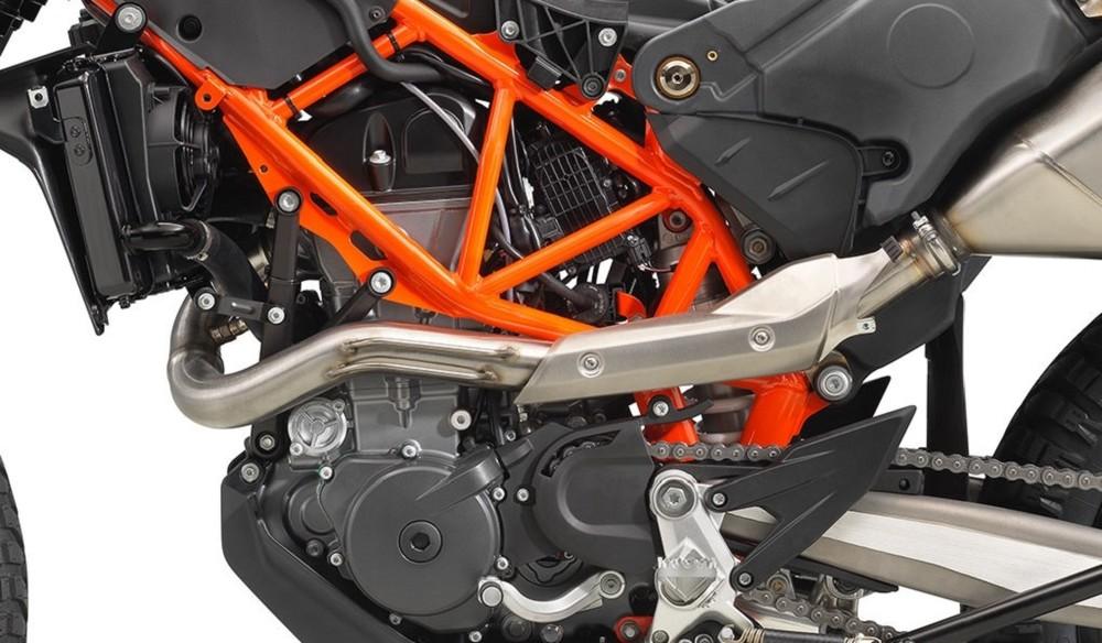 KTM 690 Enduro R 2020 sử dụng động cơ cho sức mạnh 74 mã lực