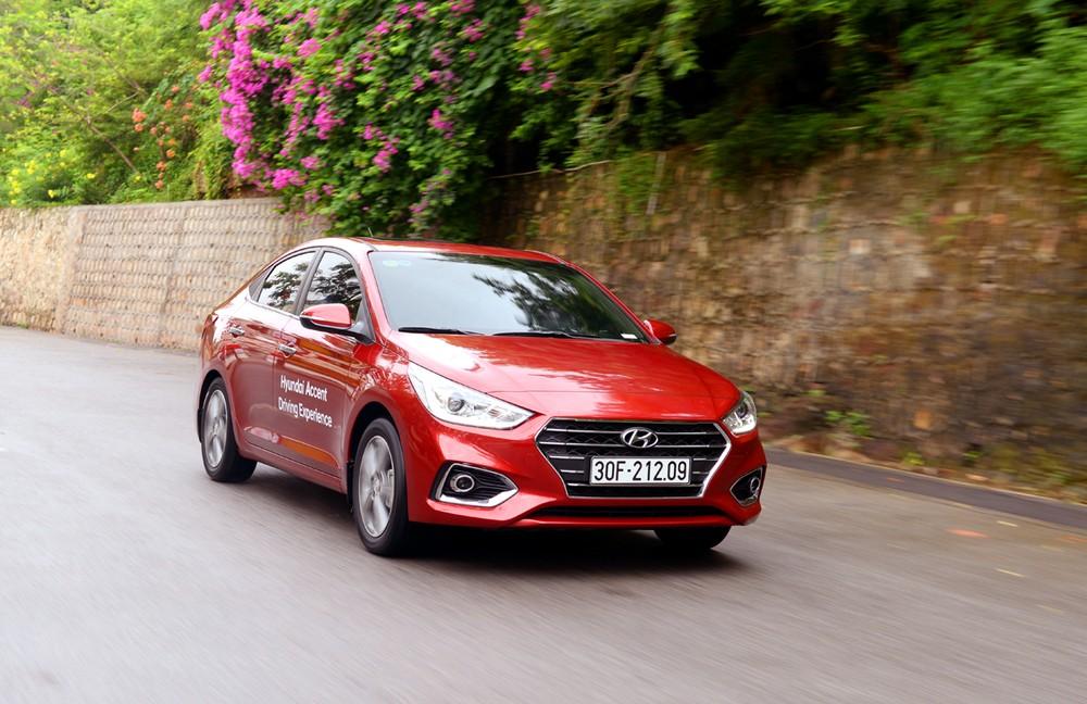 Hyundai Accent đang được giảm giá tới 20 triệu đồng và tặng kèm phụ kiện tại đại lý