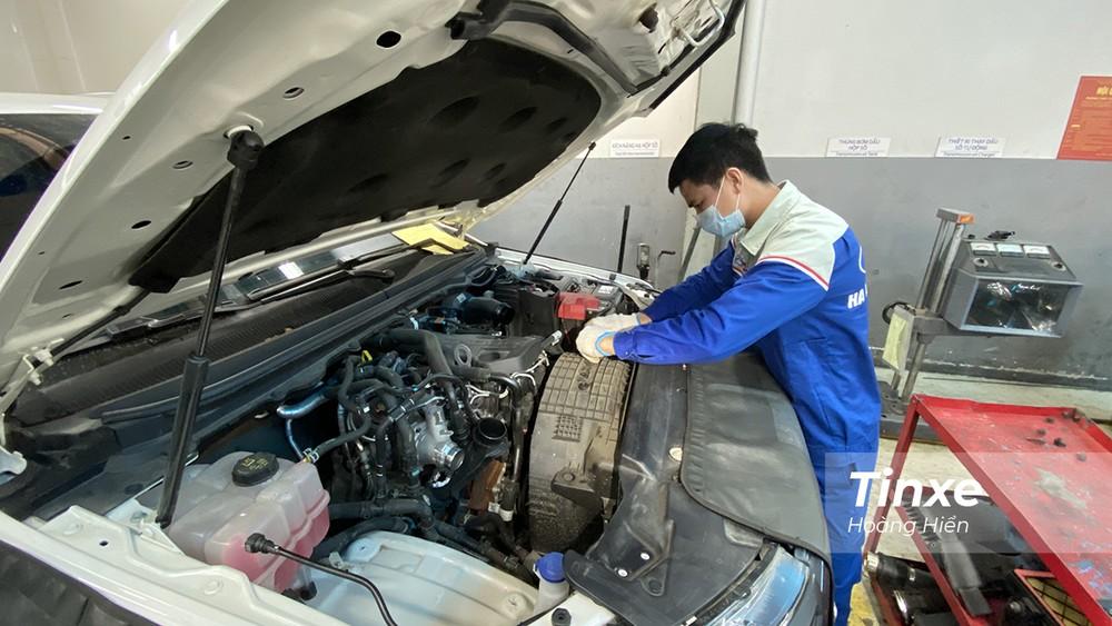 Các mẫu xe Ford sử dụng động cơ Bi-Turbo 2.0L sẽ được kiểm tra hiện tượng rò rỉ dầu và được áp dụng phương pháp sửa chữa của Ford Việt Nam để khắc phục hiện tượng này.