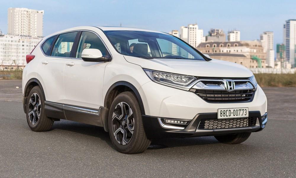 Honda CR-V đang nhận ưu đãi tới 100 triệu đồng tại đại lý khiến nhiều người dùng Việt nghi ngờ về việc mẫu crossover này sắp được nâng cấp tại nước ta