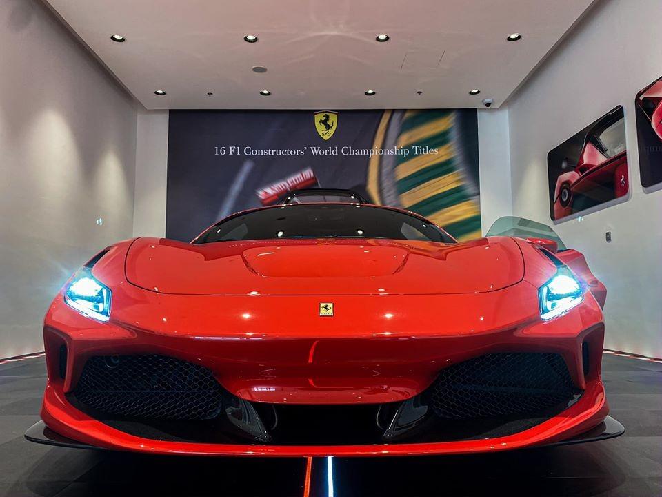 Siêu xe Ferrari F8 Tributo thứ 2 xuất hiện tại Việt Nam khá âm thầm