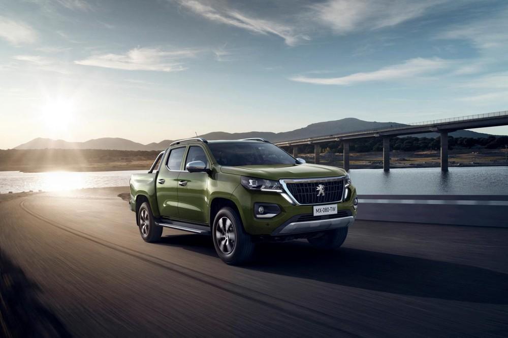Peugeot Landtrek thuộc phân khúc xe bán tải cỡ trung