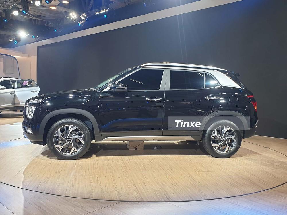 Hyundai Creta 2020 có bộ vành hợp kim 17 inch phối 2 màu