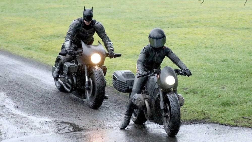 Hình ảnh được chụp tại phim trường Batman ở Scotland