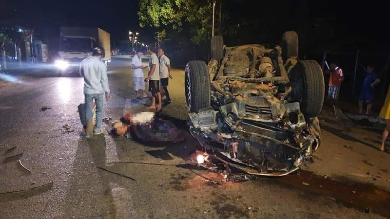 Hiện trường vụ tai nạn của xe Toyota Fortuner vào tối qua tại tỉnh Bà Rịa-Vũng Tàu