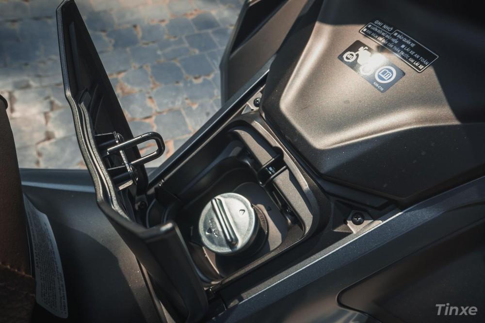 Nắp bình xăng Honda Air Blade 2020 bị kêu