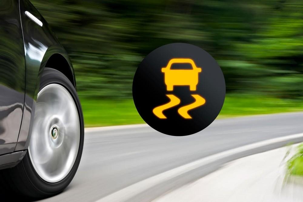 Hệ thống cân bằng điện tử là trang bị cần thiết trên xe ô tô