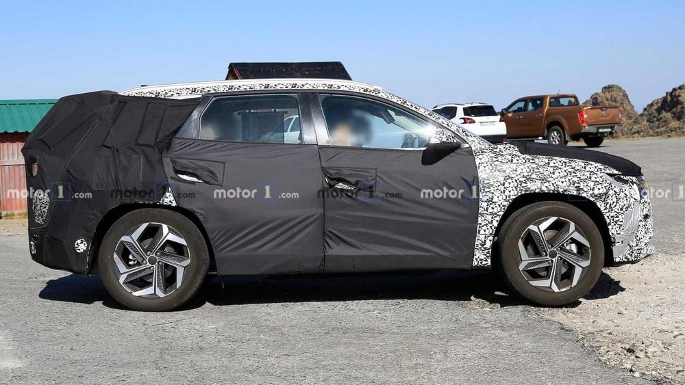 Hyundai Tucson 2021 có thiết kế vành la-zăng mới