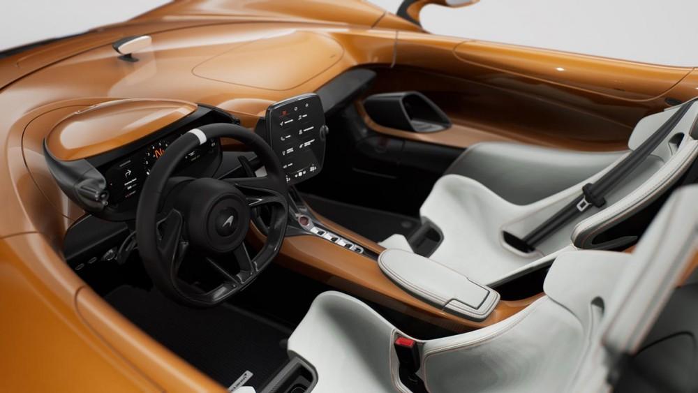 Nội thất siêu xe McLaren Elva phiên bản M6A