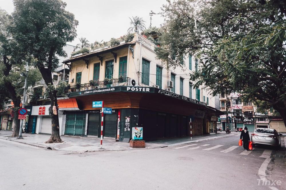 Các cửa hàng xung quanh khu vực phố cổ đều thực hiện nghiêm túc chỉ đạo của Chủ tịch TP Hà Nội