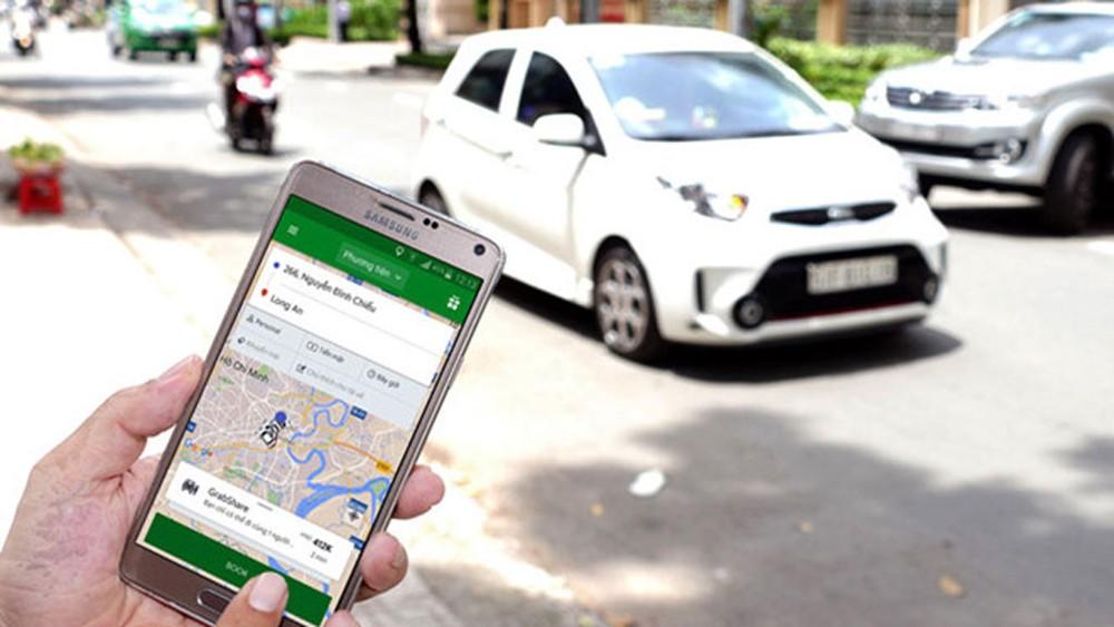 Trong vòng 15 ngày, TP Hồ Chí Minh tạm dừng dịch vụ đặt xe công nghệ, chở khách liên tỉnh