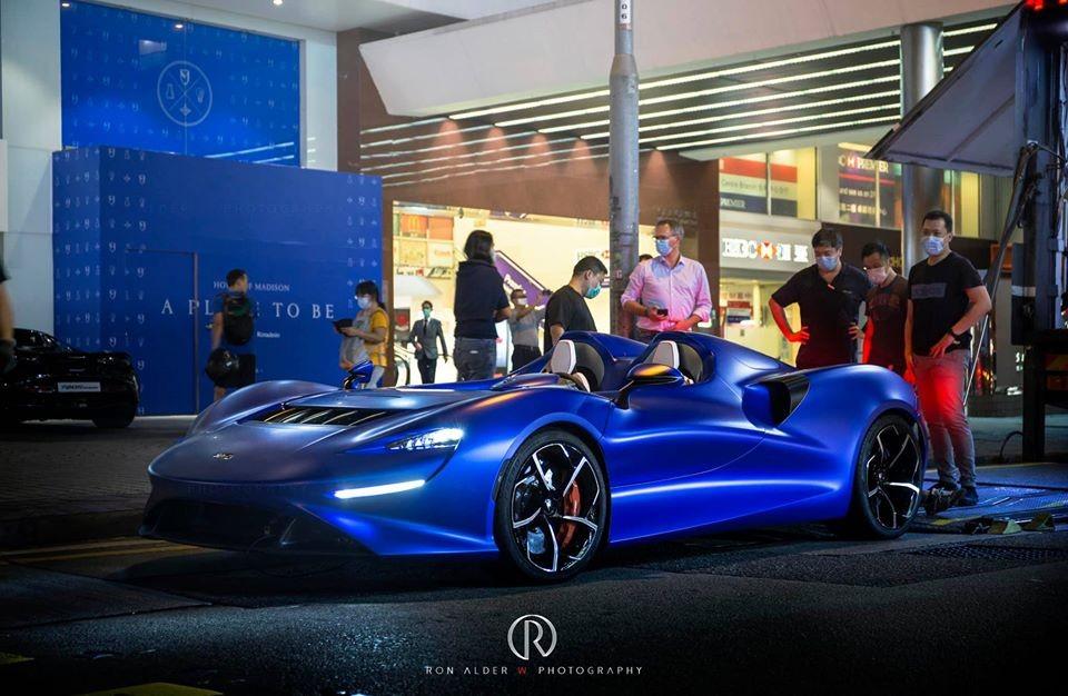Vẻ đẹp của siêu phẩm McLaren Elva đầu tiên đến Hồng Kông, xe chỉ được trưng bày đúng 2 ngày trước khi sang một thị trường khác để ra mắt.