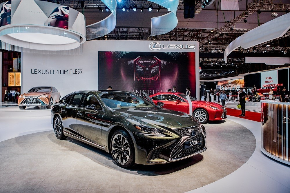 Đại lý và xưởng dịch vụ của Lexus tại Hà Nội cũng sẽ tạm đóng cửa trong khoảng thời gian từ 28/3 – 15/4/2020