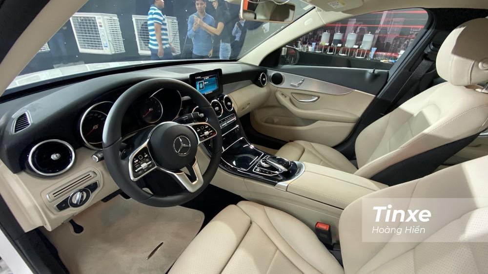Nội thất của Mercedes C180 2020