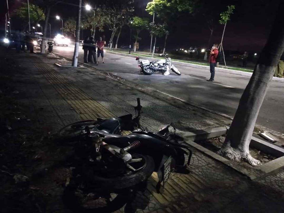 Hiện trường vụ tai nạn giao thông khiến 2 cảnh sát hi sinh