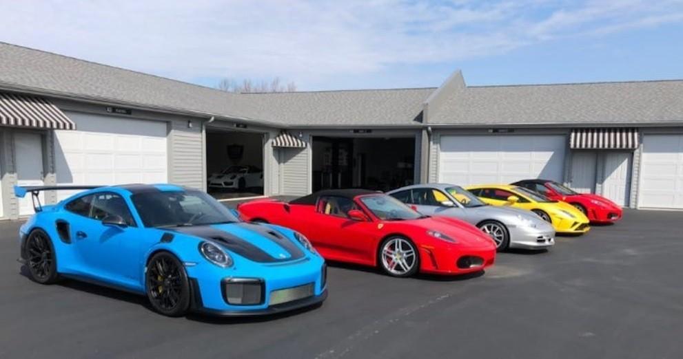 Dàn xe được nhà sưu tập bán để lấy tiền quyên góp
