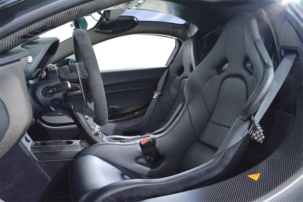 Nội thất siêu xe McLaren P1 màu xanh Fusion Green Pearl 3 được rao bán với mức giá 25,66 tỷ đồng