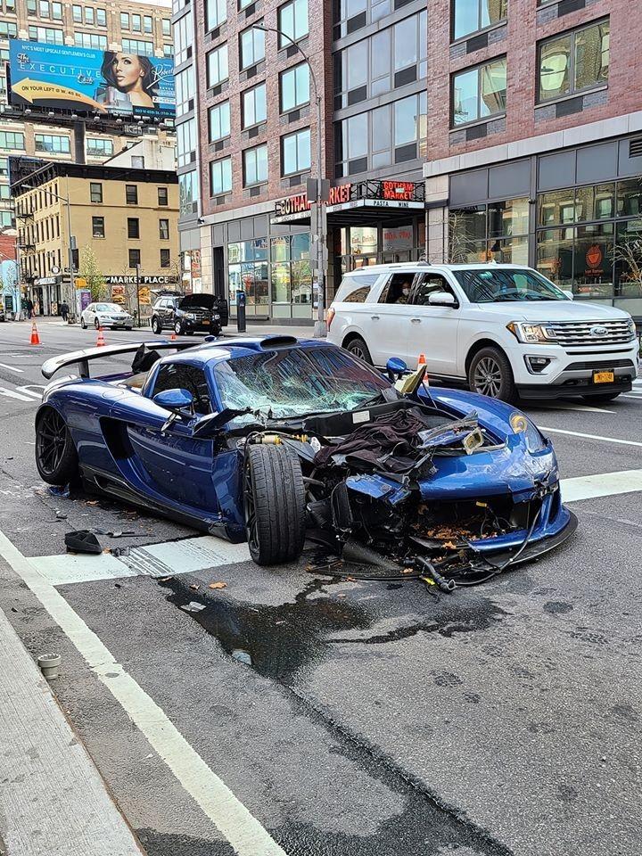 Hiện trường vụ tai nạn của chiếc siêu xe Gemballa Mirage GT