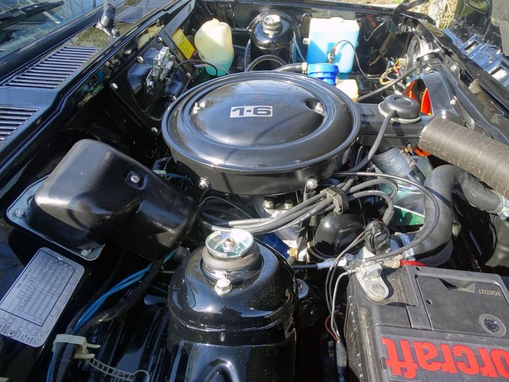 Động cơ 1,6 lít của chiếc Ford Fiesta