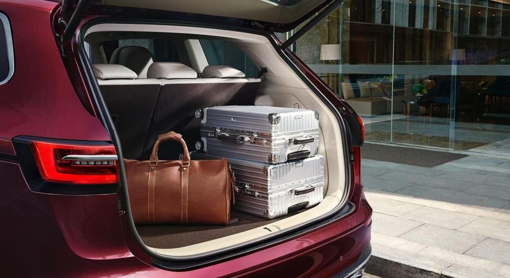 Khoang hành lý của Volkswagen Viloran 2020