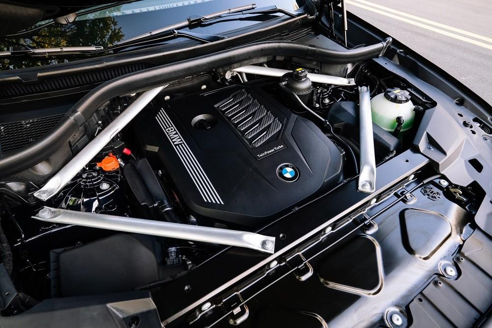 Động cơ xe BMW X6 xDrive40i M Sport 2020