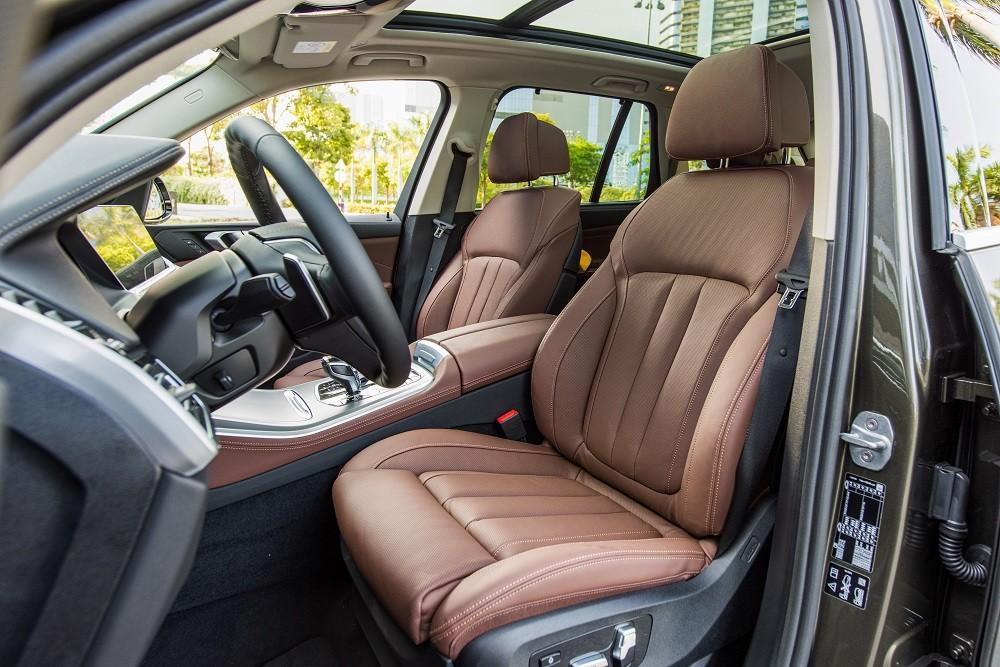 Ghế ngồi của BMW X5 xDrive40i xLine Plus