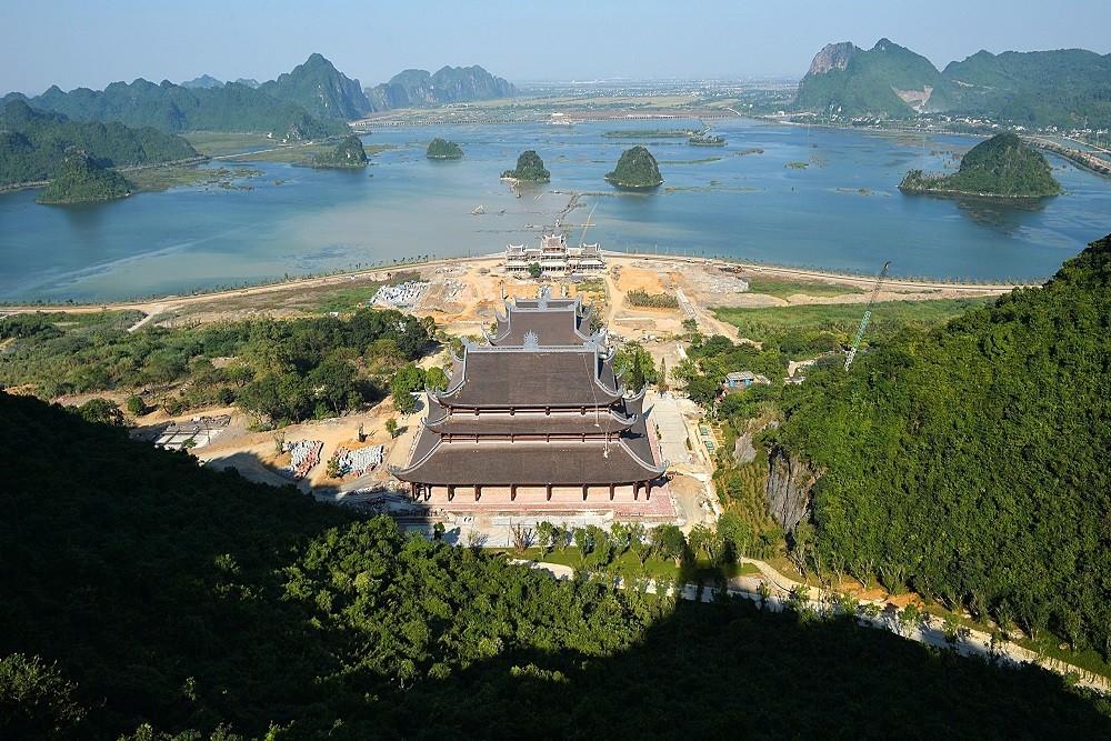 Quần thể chùa Tam Chúc tại Ba Sao, Kim Bảng, Hà Nam