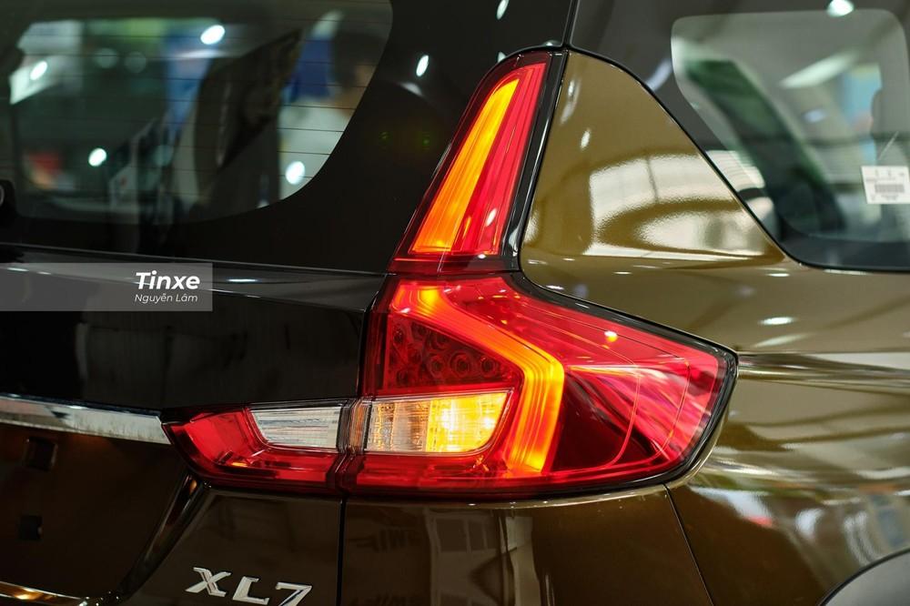 Cụm đèn hậu dạng LED có thiết kế y chang Suzuki Ertiga