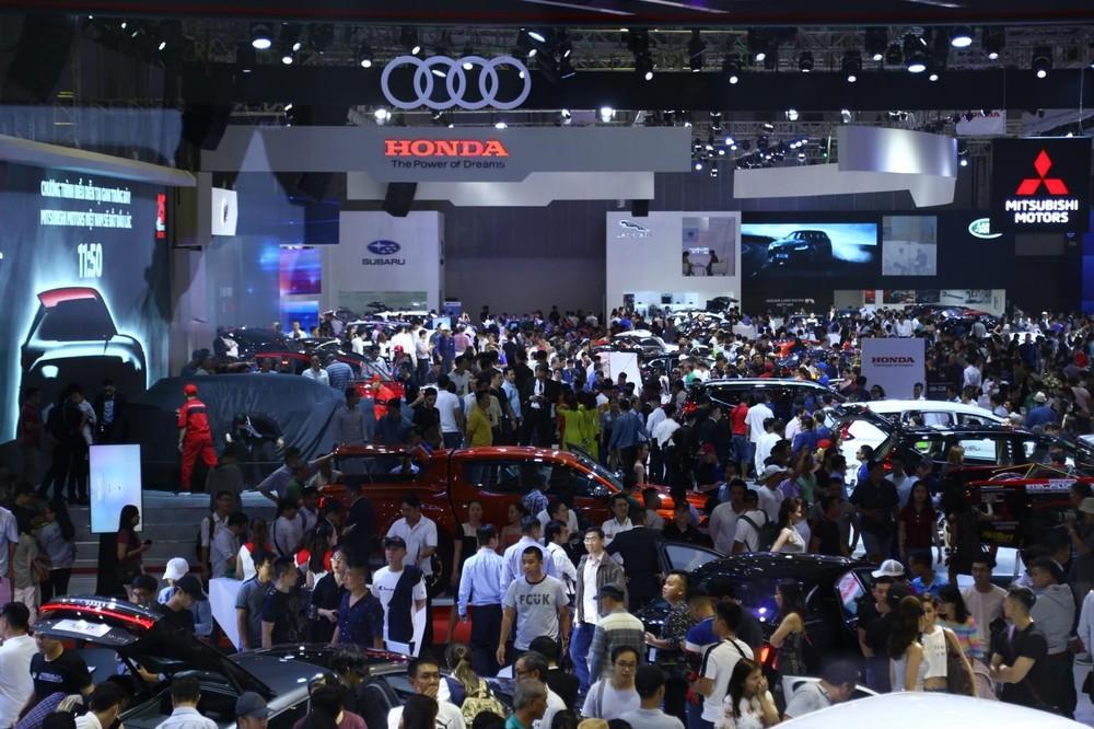 Theo Bộ Tài chính, giảm lệ phí trước bạ cho ô tô lắp ráp trong nước là vi phạm cam kết quốc tế