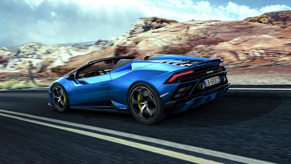 Lamborghini Huracan EVO RWD Spyder được thiết kế để phù hợp với phong cách sống hàng ngày của khách hàng mua Huracan điển hình