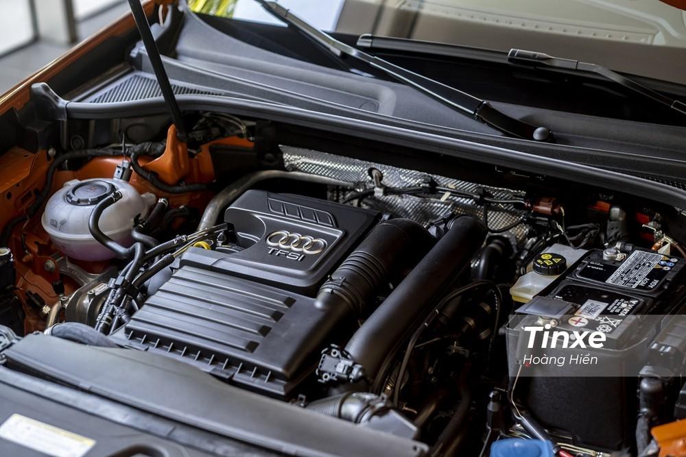 Động cơ của Audi Q3 2020 nhỏ nhưng cho công suất không hề kém so với các đối thủ cùng phân khúc