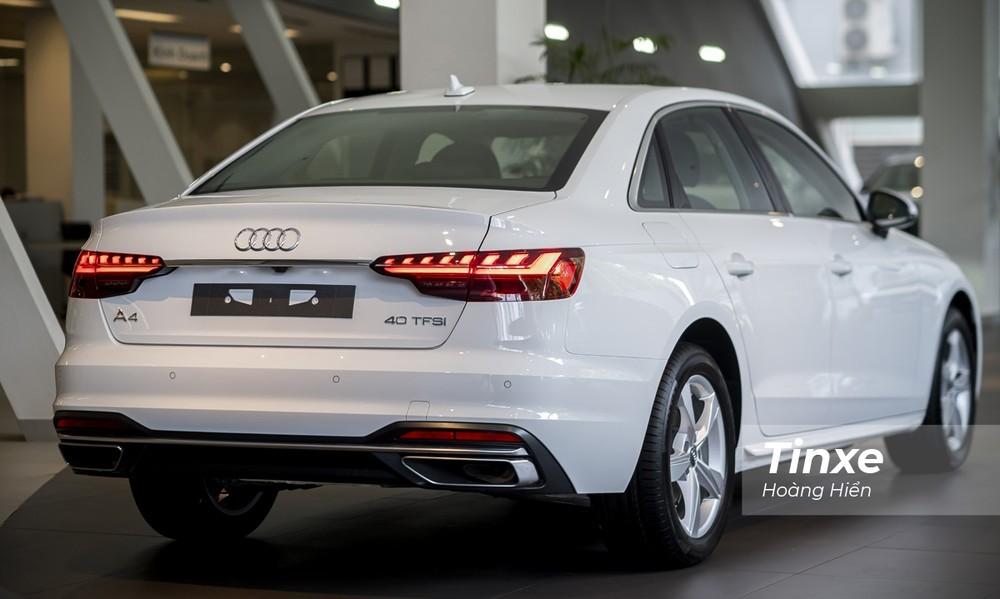 Đuôi xe Audi A4 2020