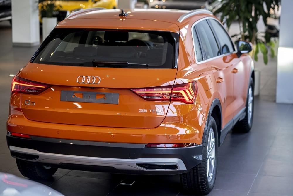 Đuôi xe Audi Q3 2020