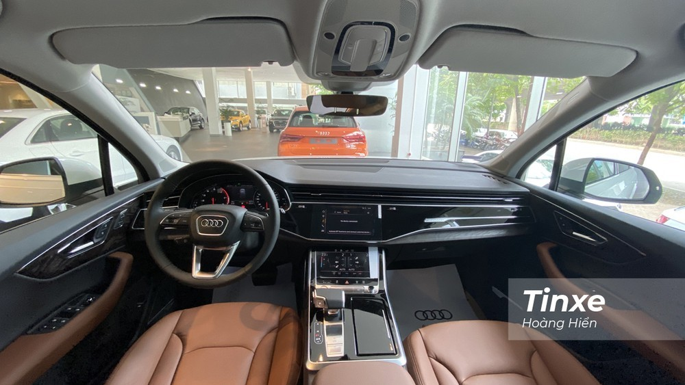 Nội thất của Audi Q7 được trang bị nhiều tiện nghi hiện đại