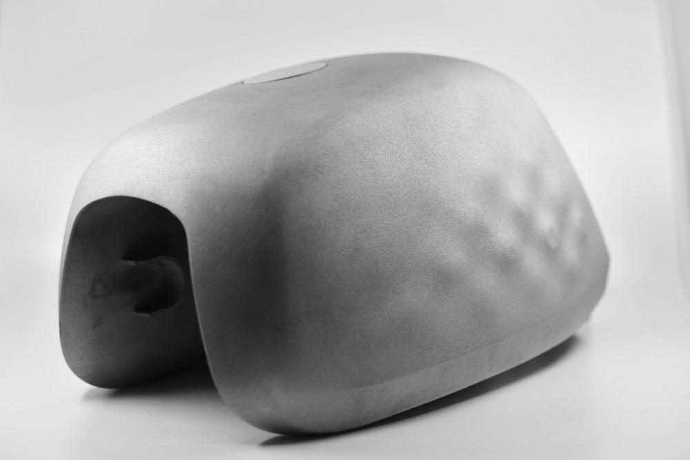 Bình xăng in 3D bằng chất liệu hoàn toàn mới siêu nhẹ trên bản độ
