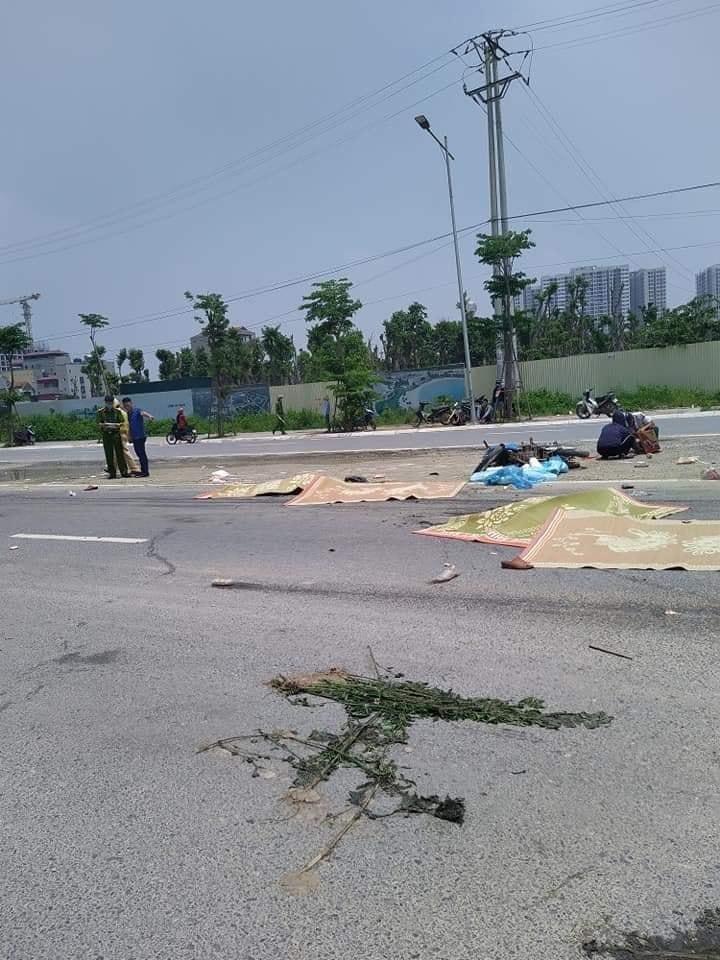 Hiện trường vụ tai nạn thảm khốc khiến 2 mẹ con tử vong tại chỗ