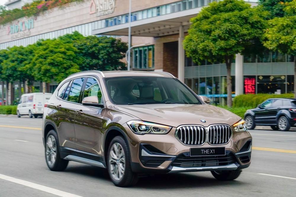 Ngoại thất của BMW X1 sDrive18i xLine 2020