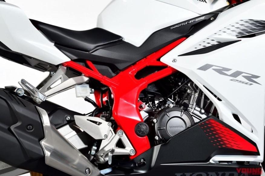 Động cơ xylanh đôi của xe được cải tiến để có công suất cao hơn