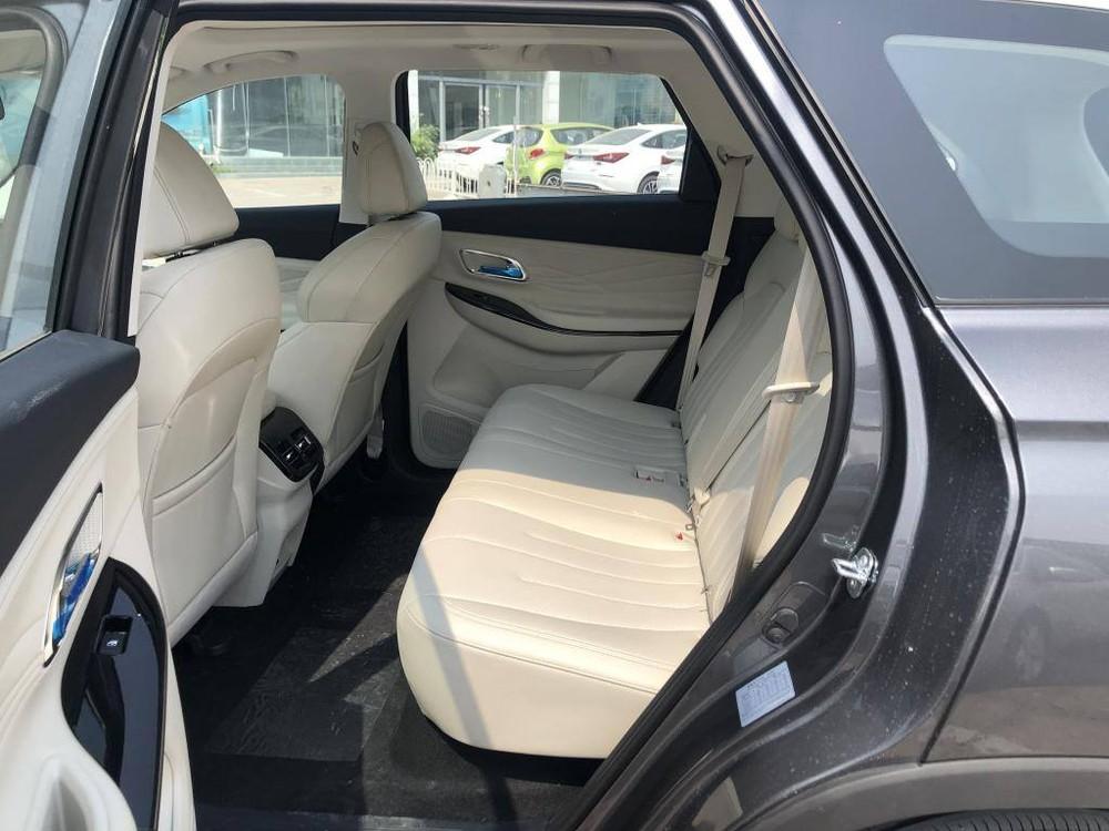Hàng ghế phía saucủa Oshan X7 EV
