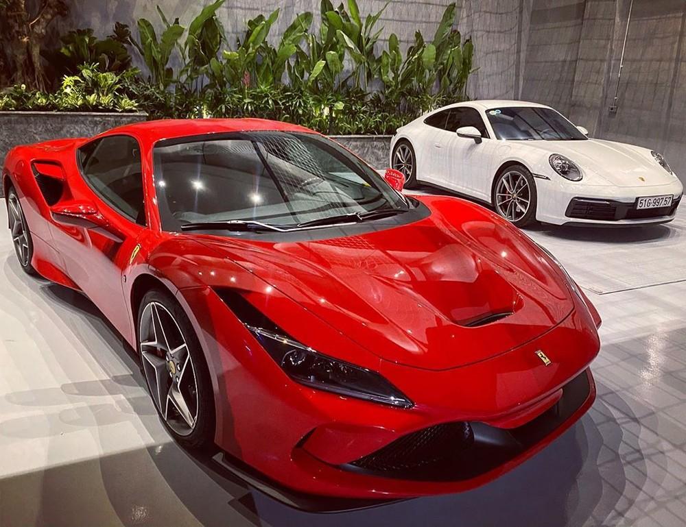 Cận cảnh diện mạo siêu xe Ferrari F8 Tributo của Cường Đô-la