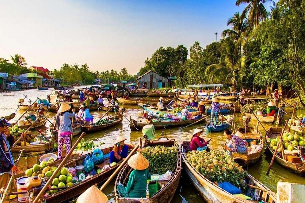 Chợ nổi Cái Bè - điểm du lịch không thể bỏ qua khi đến Tiền Giang