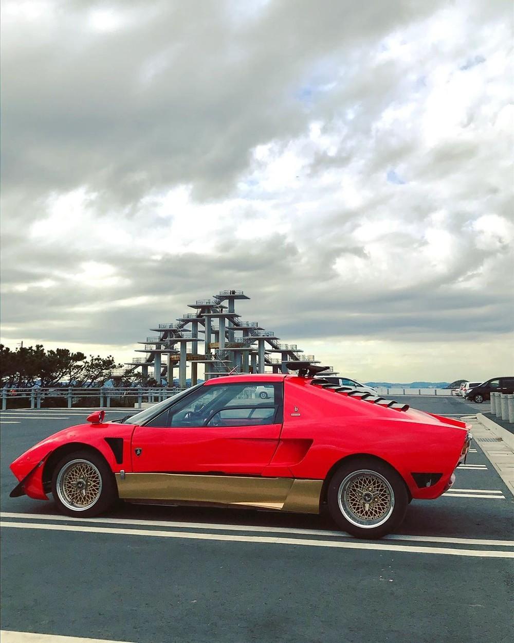 Chiếc Lamborghini Miura thu nhỏ khiến người nhìn thấy tò mò và cuốn hút